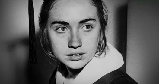 Interchange – Hillary Clinton: Always the Wrong Kind of Woman?
